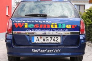 Auto der Gebaeudereinigung Wiesmüller